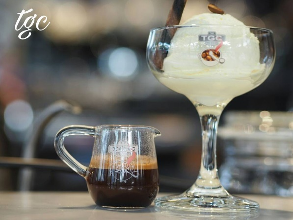 Affogato = espresso + vanilla ice cream